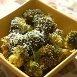 Garlic Broccoli cookin'mama