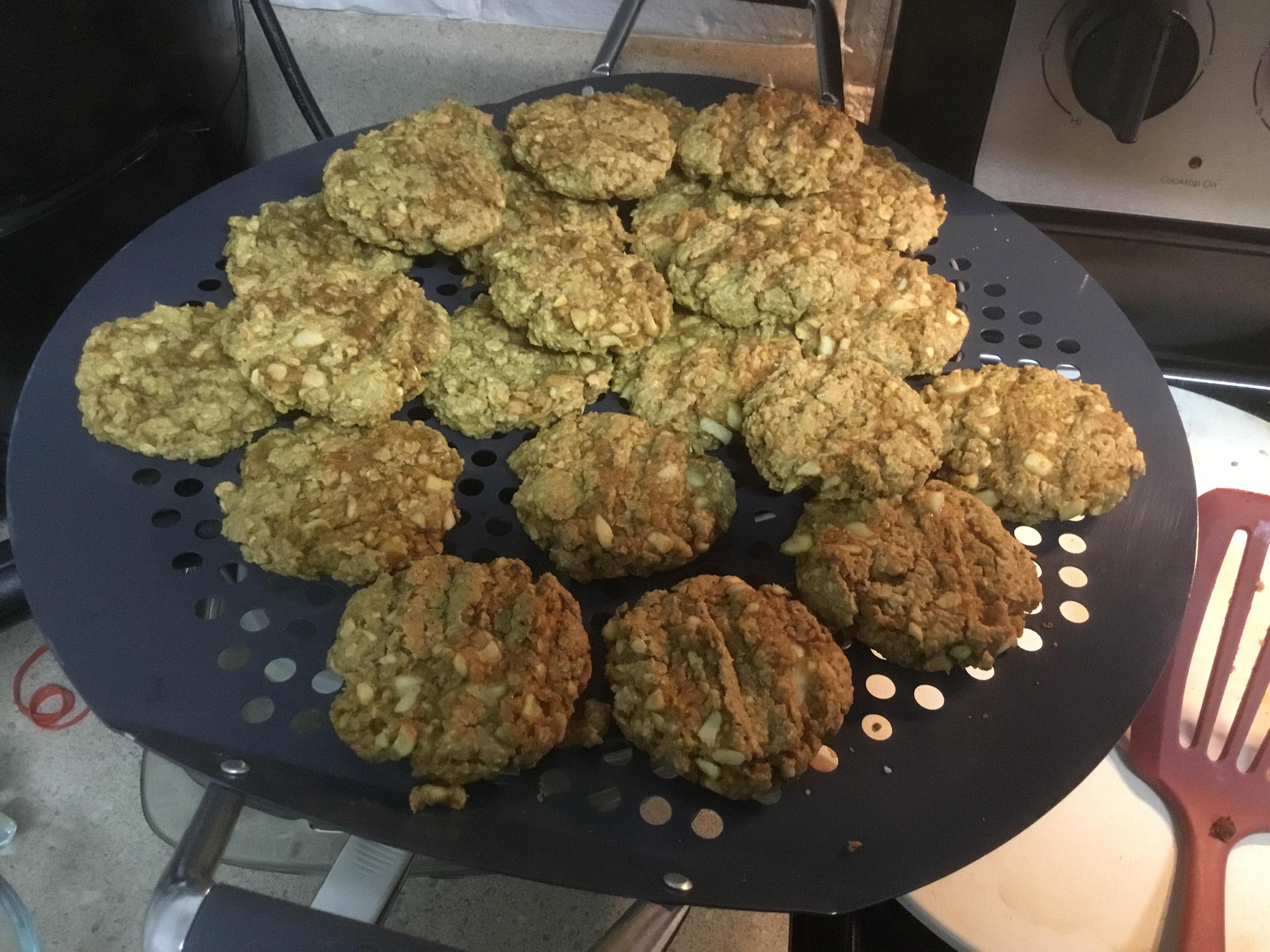 Apple Peanut Butter Oatmeal Cookies mscheller74