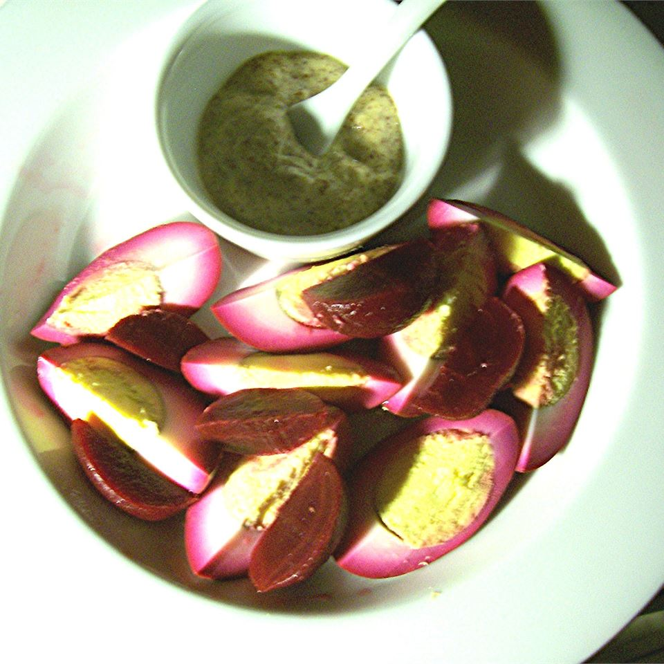 Quick Pickled Eggs and Beets SunnyByrd