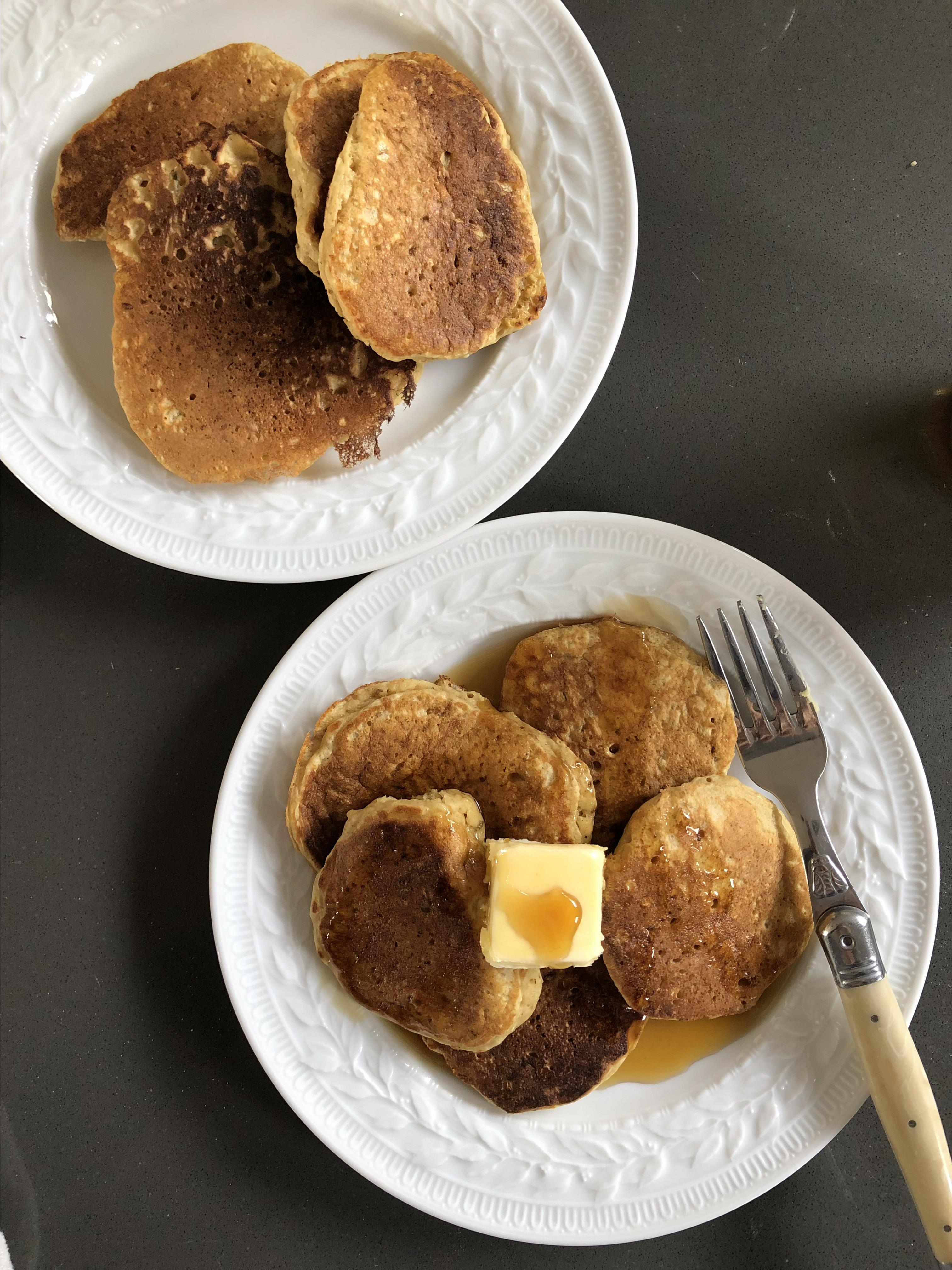 Apple-Cinnamon Einkorn Pancakes