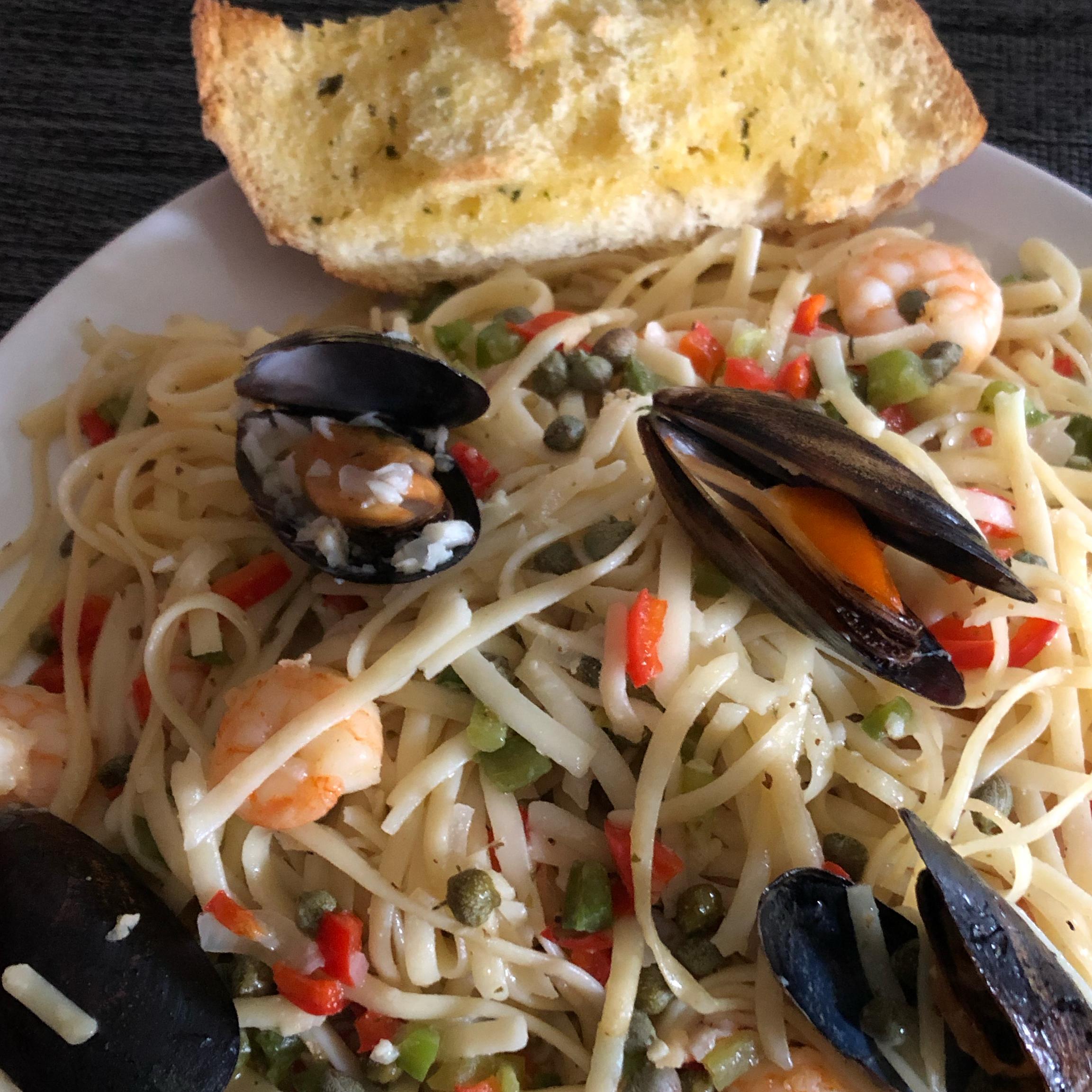 Seafood Scampi Linguine