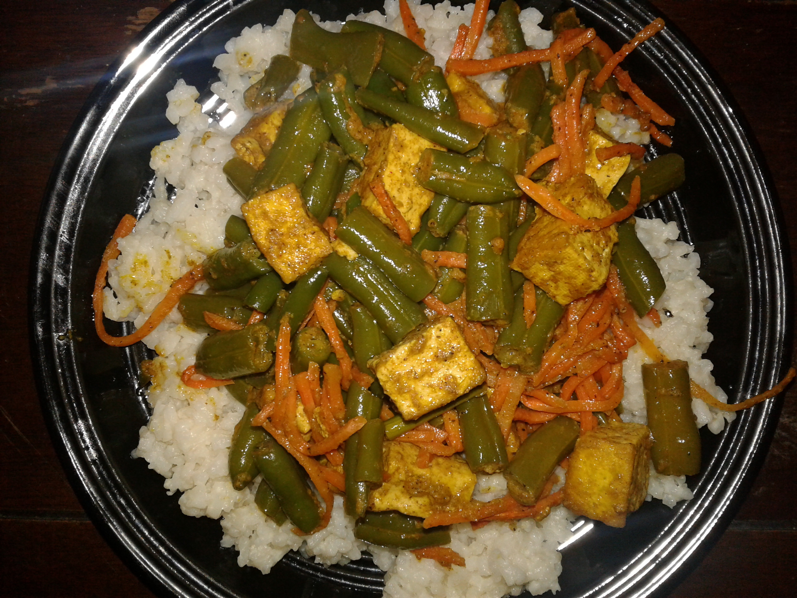 Coconut Curried Tofu with Green Beans and Coconut Rice Aria Celiece