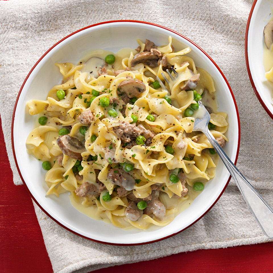 CAMPBELL'S® All-In-One Creamy Chicken Stroganoff Campbell's Canada