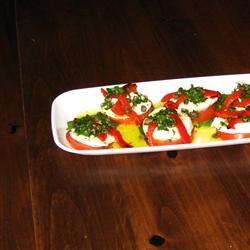 Mozzarella and Tomato Appetizer Tray homiskit