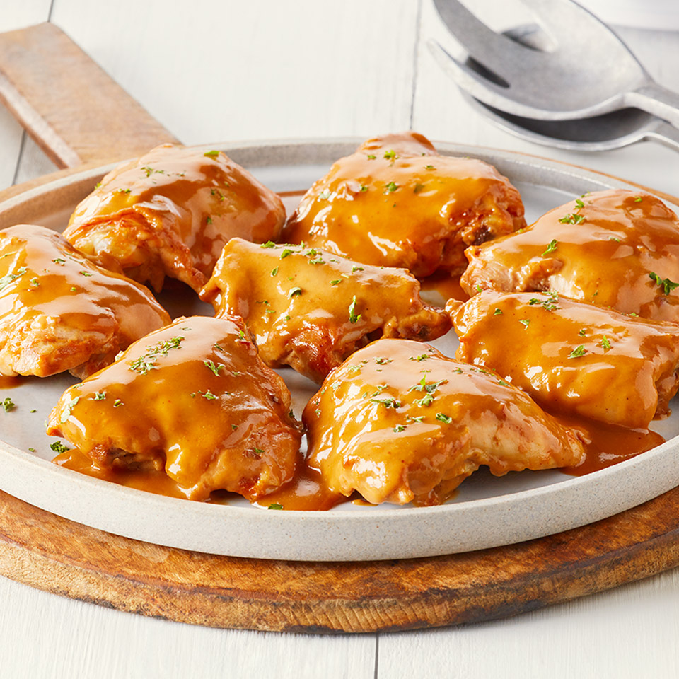 CAMPBELL'S® BBQ Bacon Slow Cooker Chicken