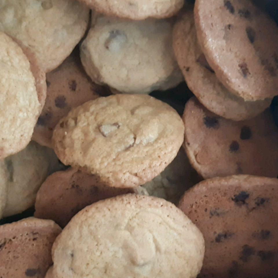 Best Big, Fat, Chewy Chocolate Chip Cookie Crystal Sallans