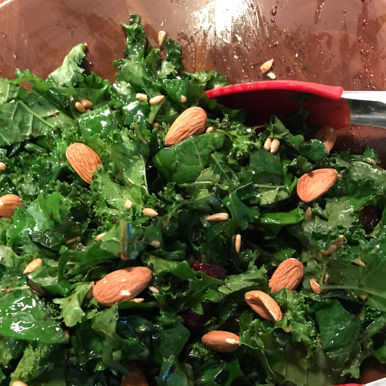 Kale Salad with Balsamic Dressing Wuurimala