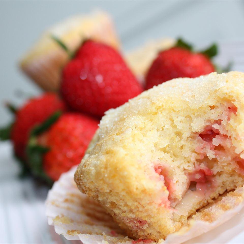 Berry Cornmeal Muffins