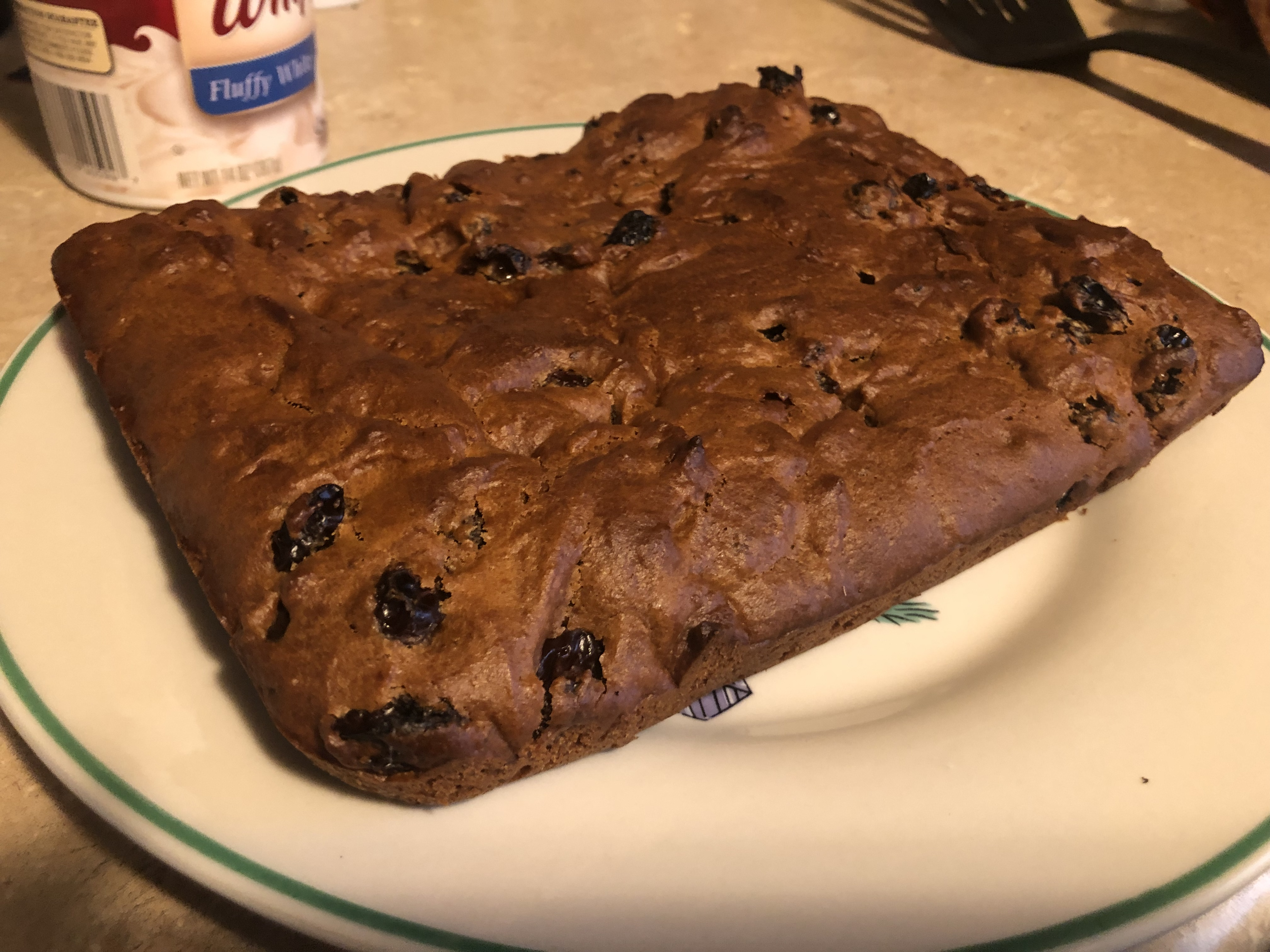 Easy Raisin Cake