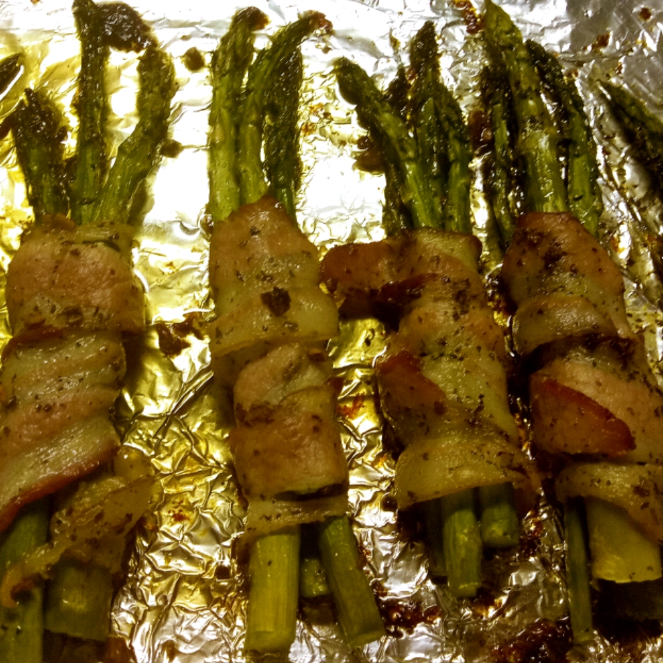Bacon-Wrapped Garlic Asparagus Bud Mcmellen