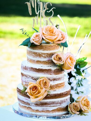 White Almond Wedding Cake Recipe Allrecipes Com Allrecipes