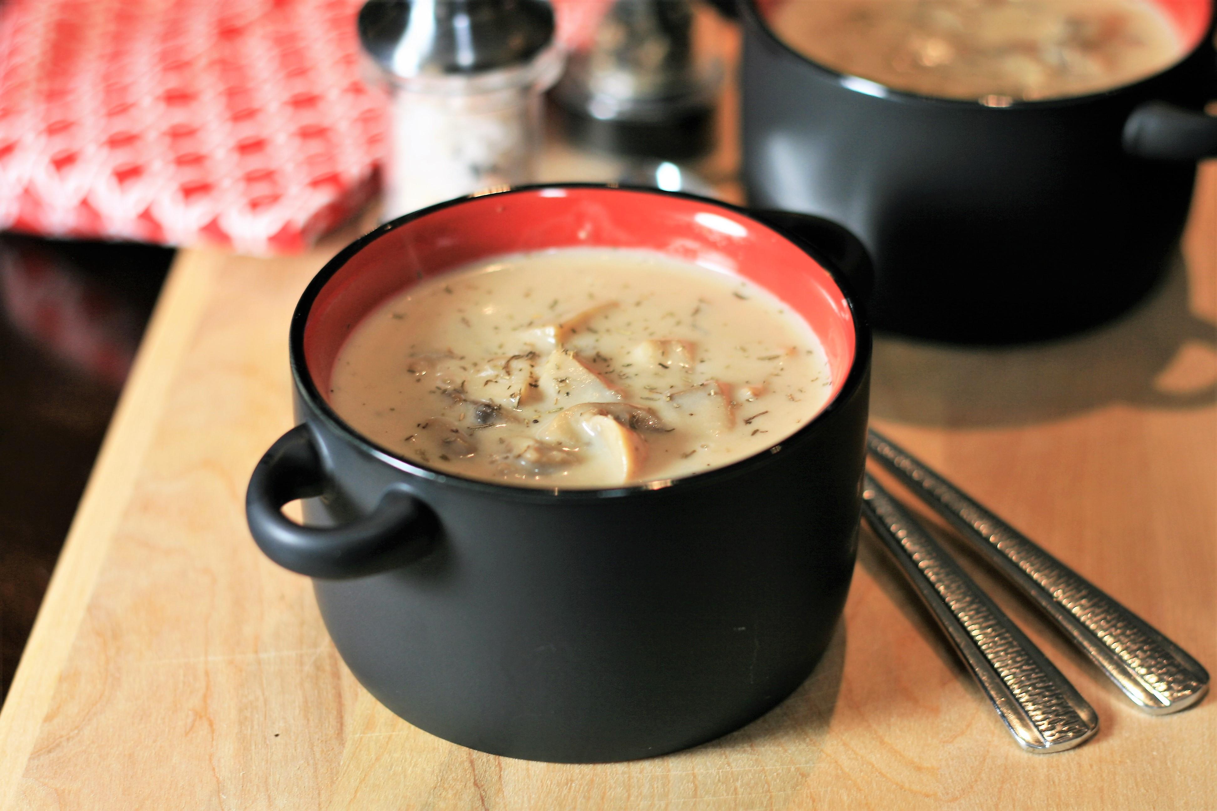 Instant Pot® Creamy Mushroom Soup France C