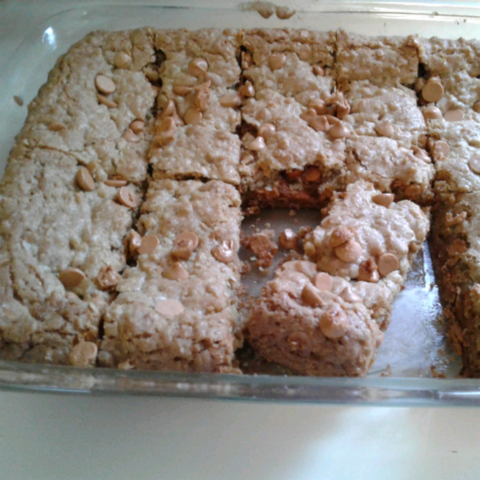 Oatmeal Scotchies in a Pan KayCe Simons Parsons