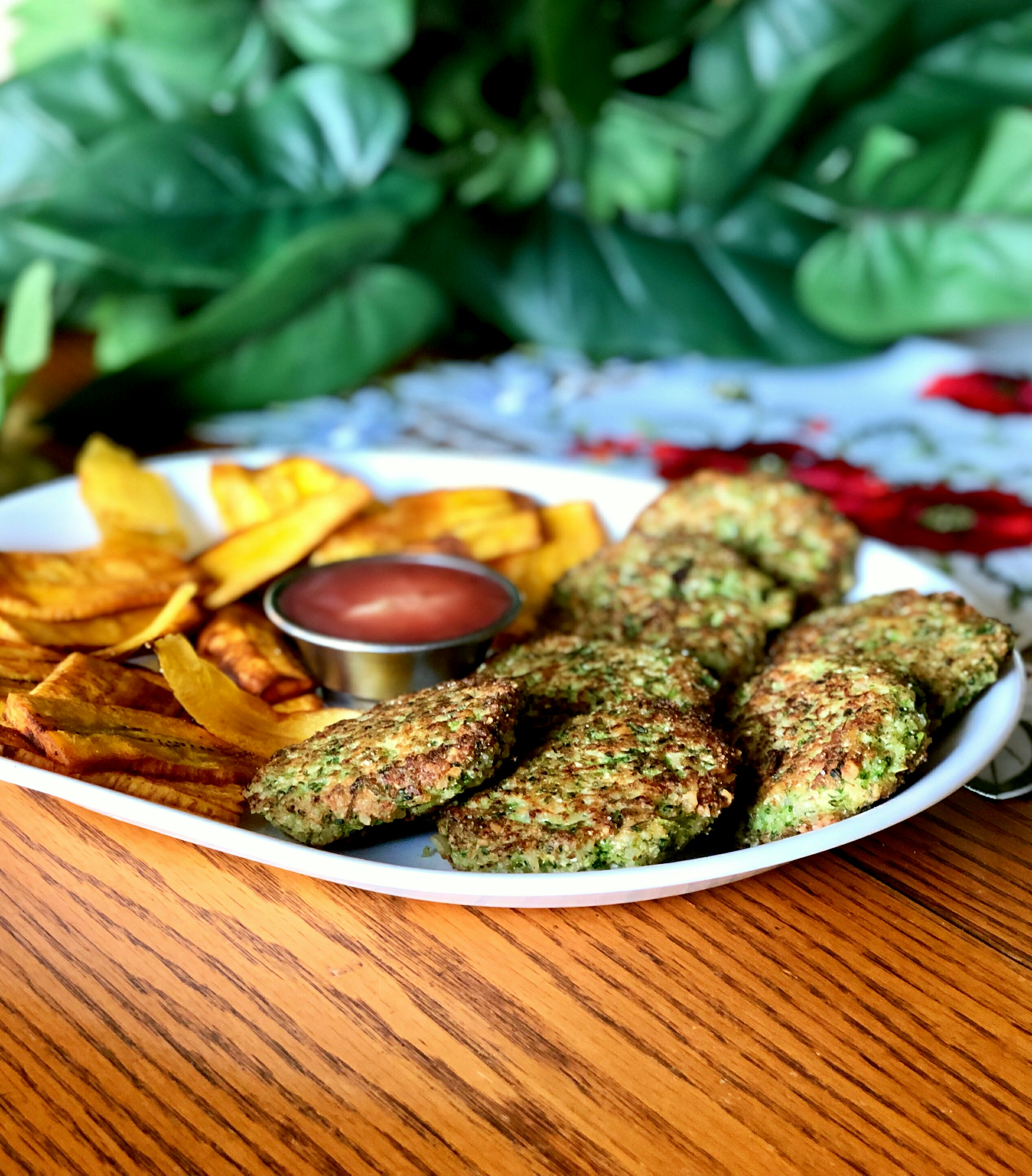 """Cauliflower isn't the only cruciferous veggie in town. These cauliflower cakes hook up with broccoli with delicious results. """"I really liked the nutty flavor the almond flour gave them,"""" says Yoly. """"I think a sprinkle of red pepper flakes would take these up another notch."""""""