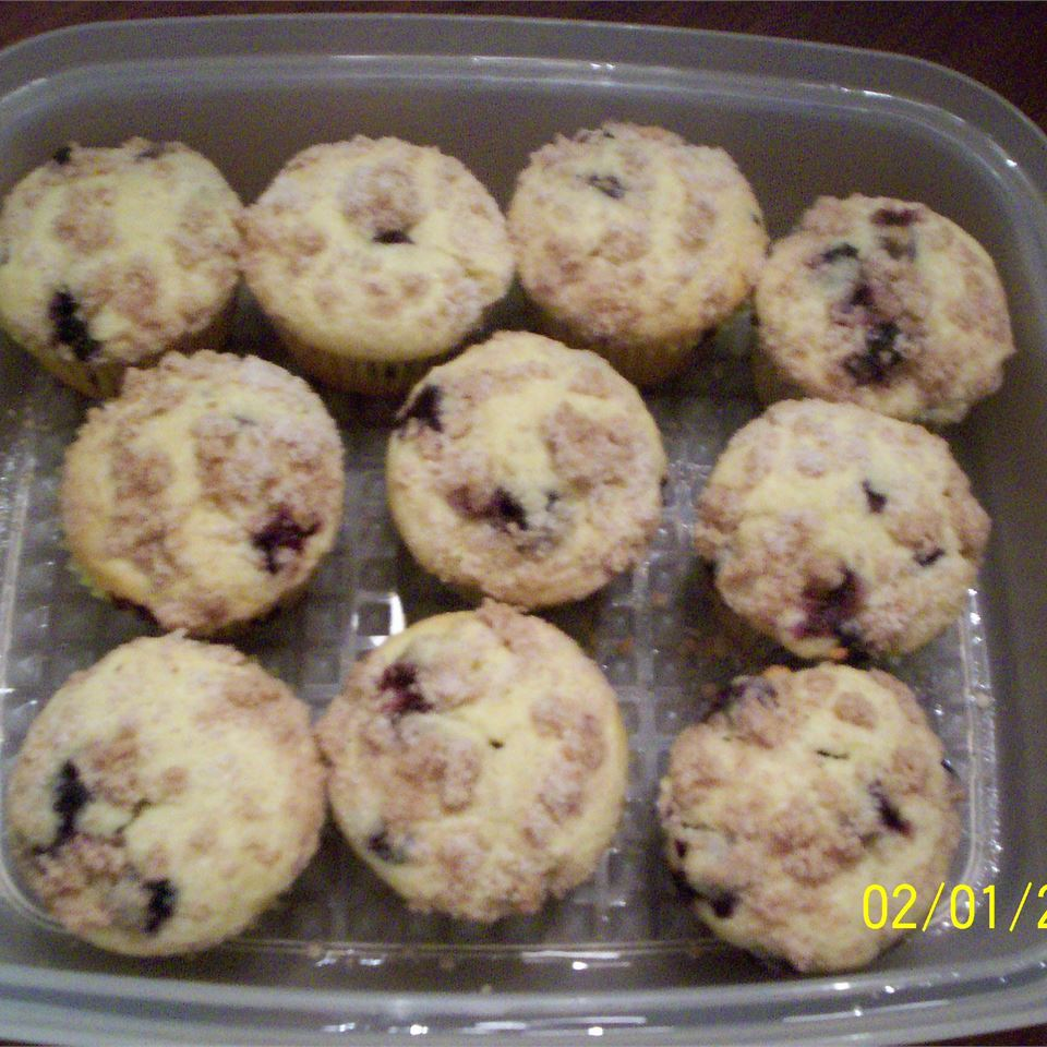 Streusel Topped Blueberry Muffins Courtney