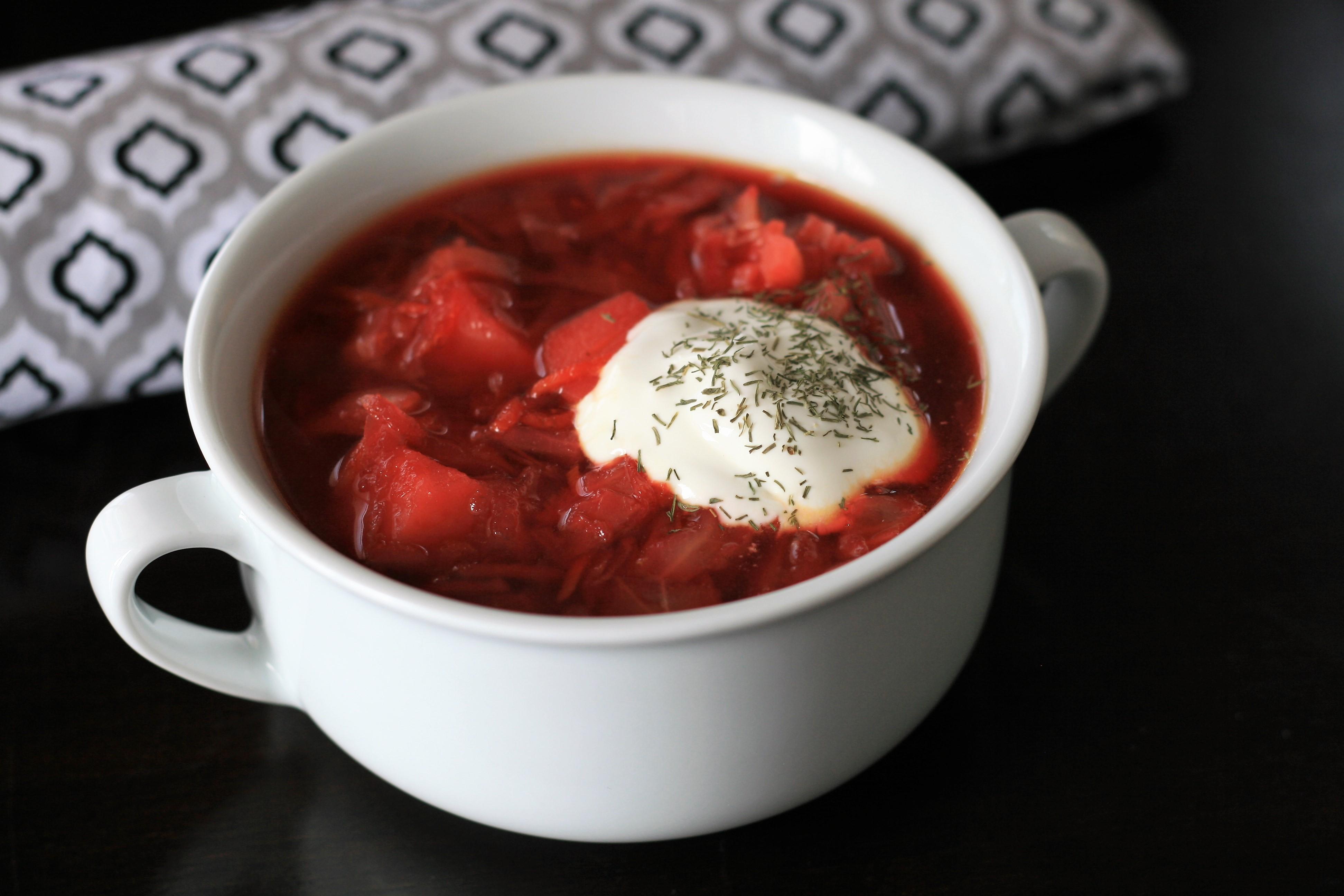Instant Pot® Vegan Borscht