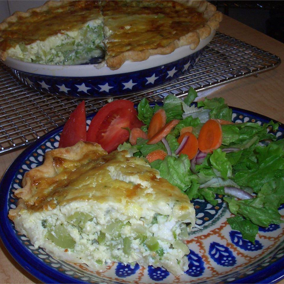 Broccoli and Provolone Quiche Gail A. Guild