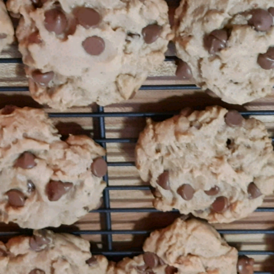 Chocolate Chip Cookies from Karo® Wind Lee