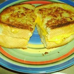 Mom's Gourmet Grilled Cheese Sandwich Chella