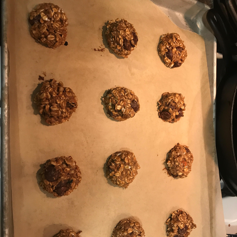 Healthier Chewy Chocolate Chip Oatmeal Cookies August Guy Sanders