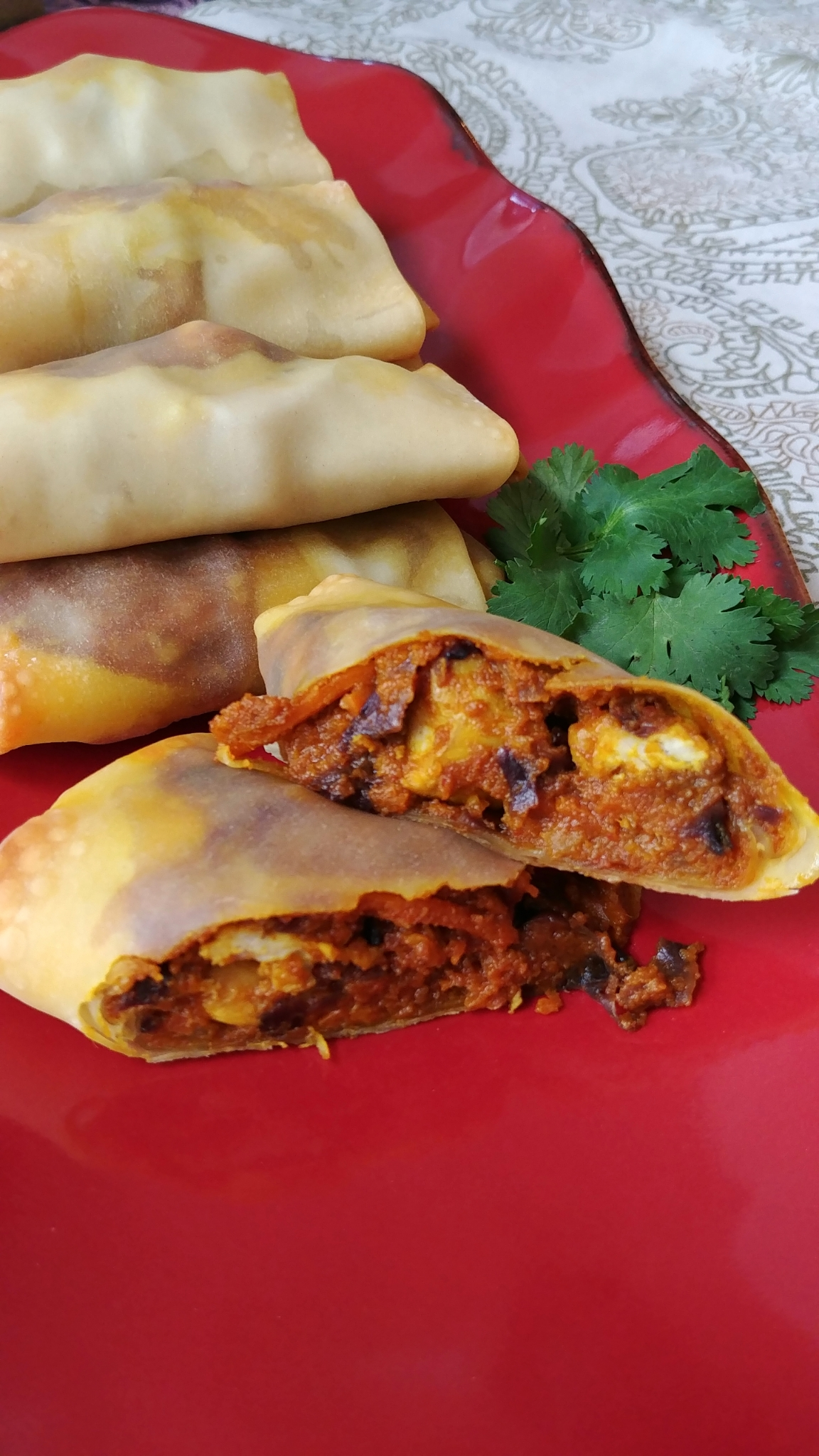 Easy Chicken Curry Egg Rolls