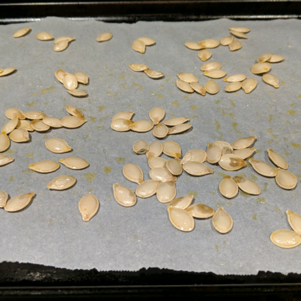 Roasted Winter Squash Seeds