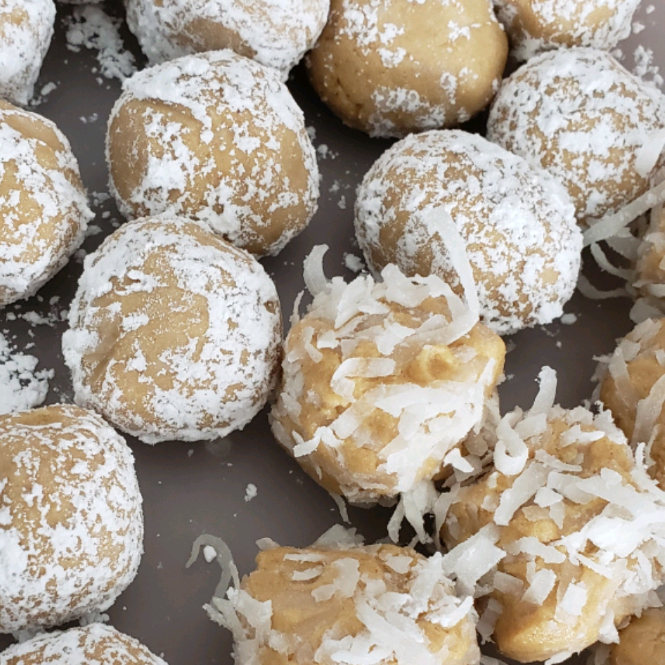 Easy and Fun Peanut Butter Balls Lindsay Holm