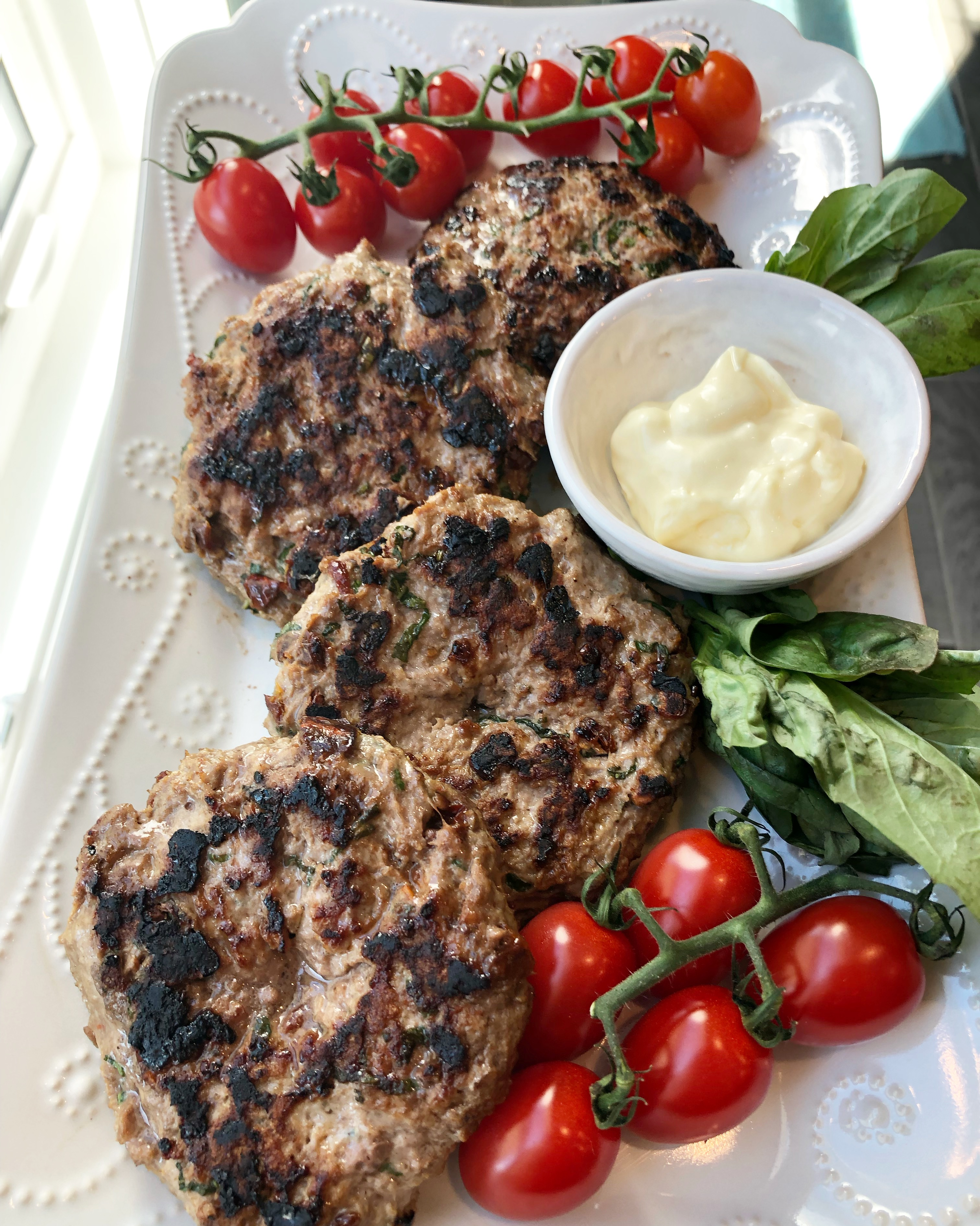 Lamb Burgers with Sun-Dried Tomatoes and Basil
