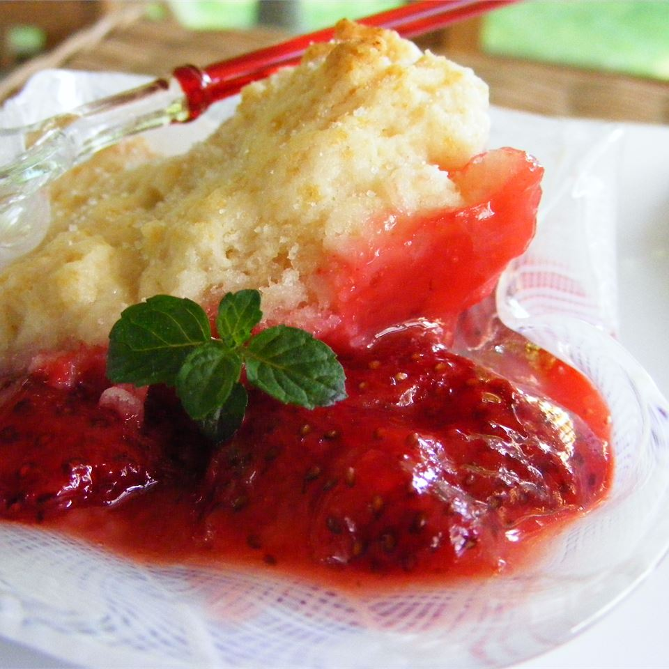 Strawberry Cobbler I JJOHN32