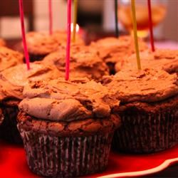 Chocolate Fudge Cupcakes with Peanut Butter Frosting Mrs_LJ
