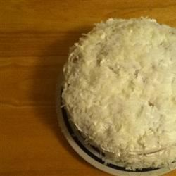Coconut Cream Cake I kelly