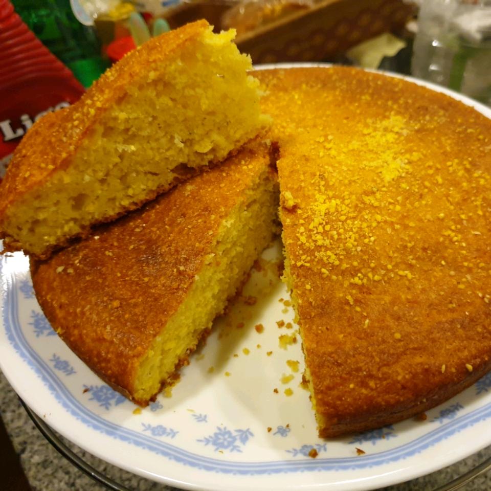 Sour Cream Cornbread RioKim