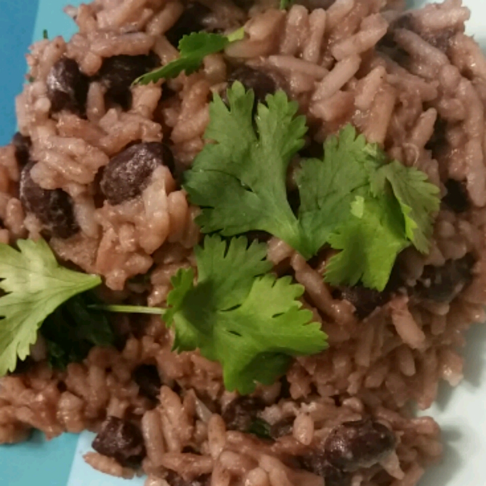 Quick and Easy Black Beans and Rice Debbie
