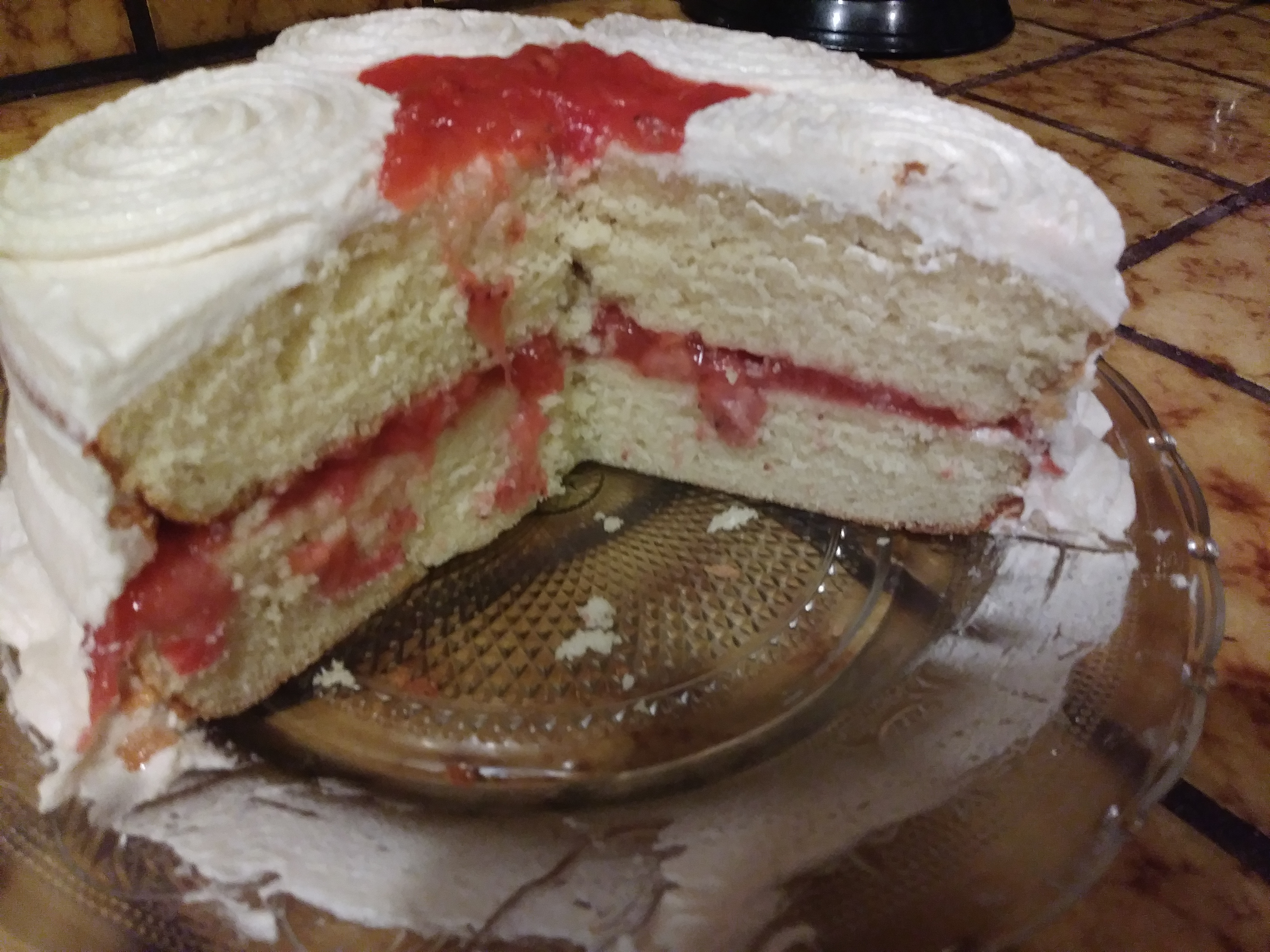 Vanilla Layer Cake with Strawberries Crystal Lirette