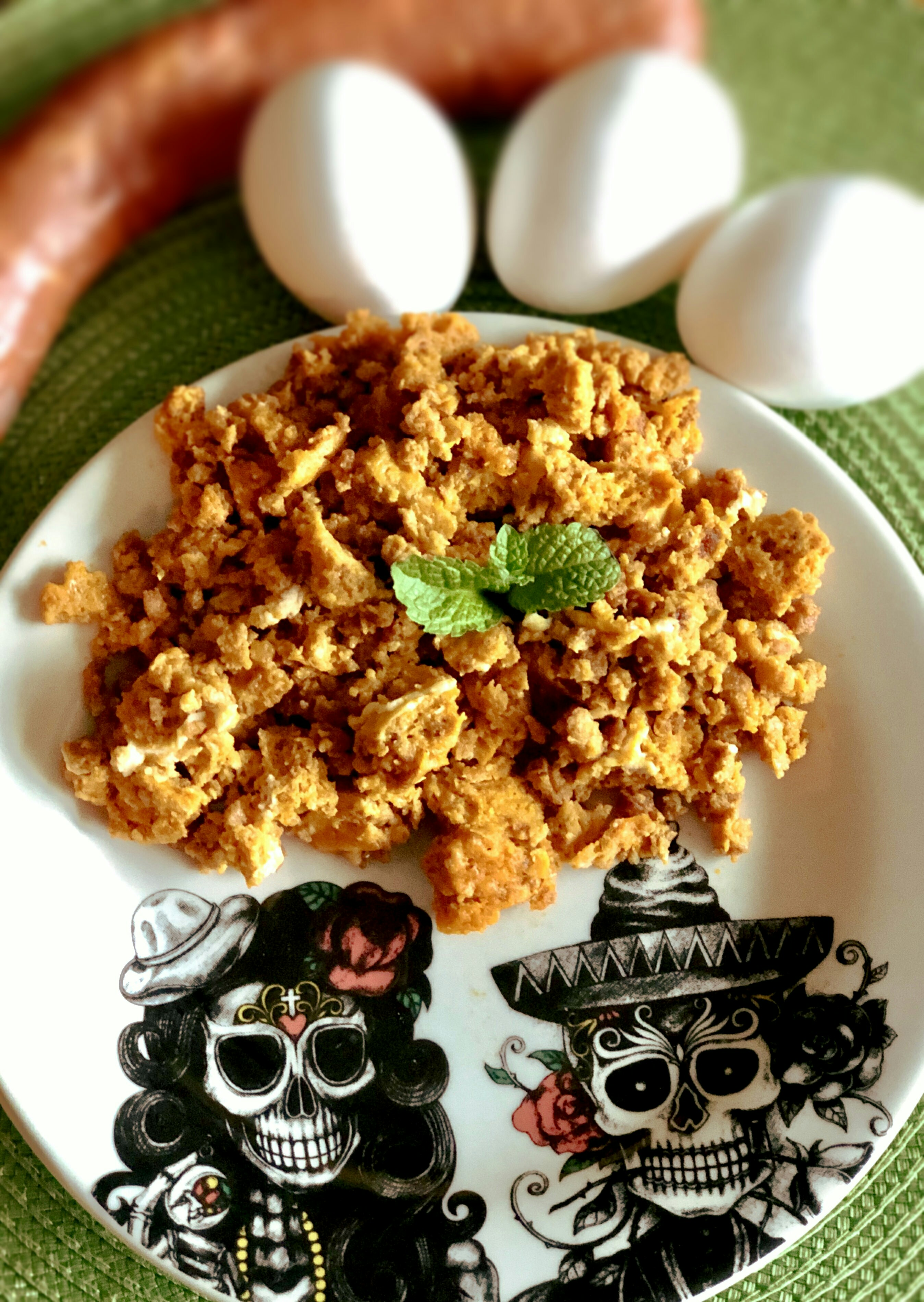 "A delicious huevos breakfast ready in 10 minutes! ""Longaniza is very similar to chorizo,"" says Yoly, the recipe submitter. ""Longaniza is made with minced meat, whereas chorizo is made with ground meat. It is a favorite dish at Mexican breakfast tables, and now you can make your own longaniza con huevos at home in minutes."""