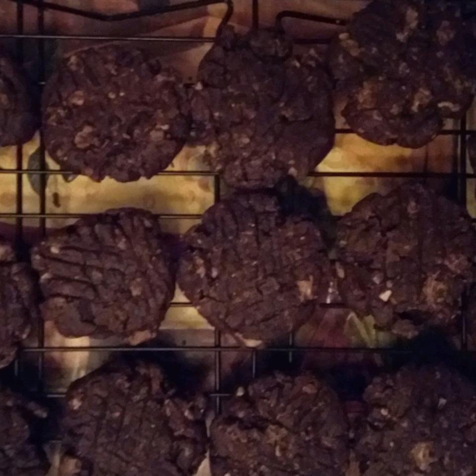 Chocolate, Peanut Butter, and Bacon Cookies Zina Bani