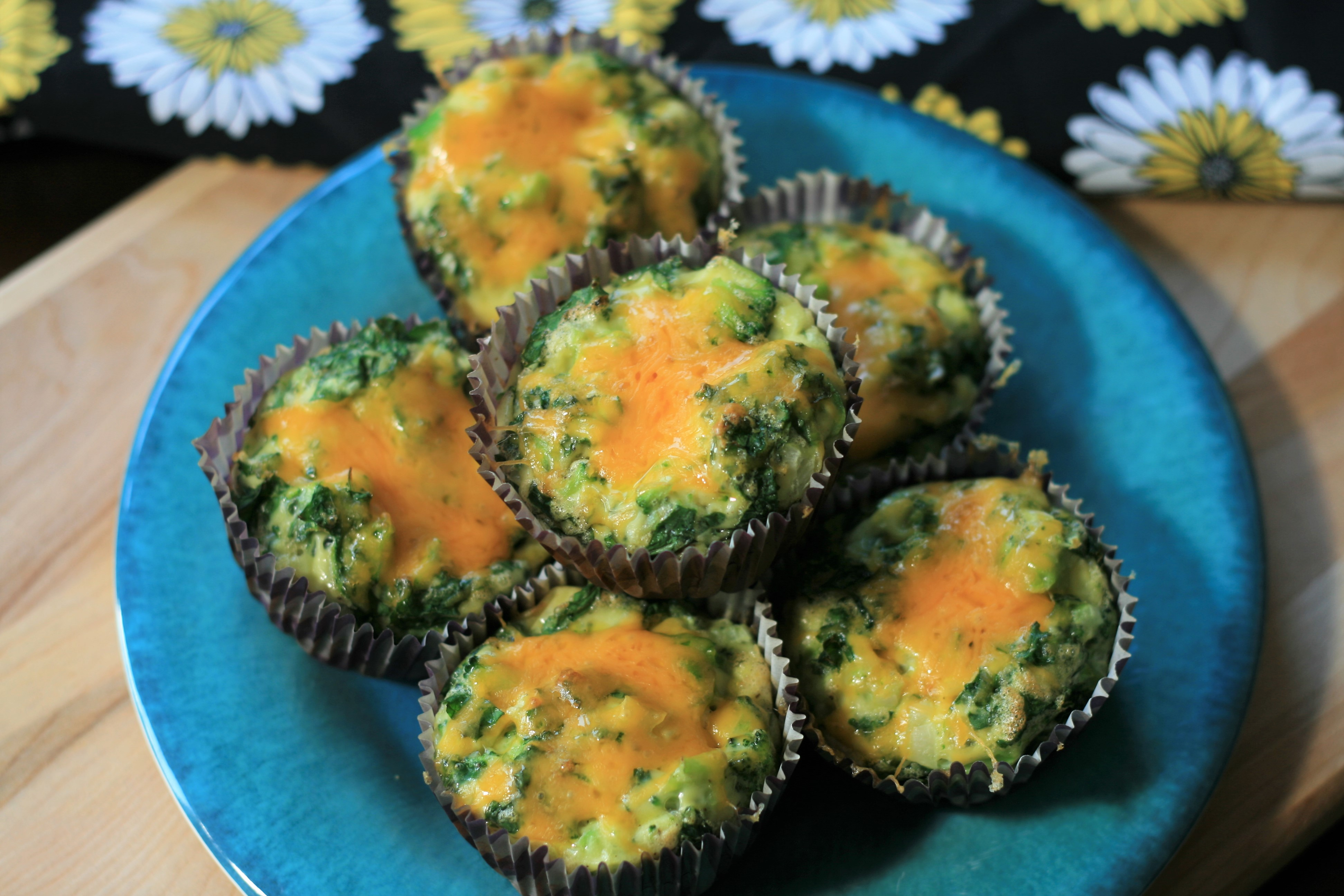 Omelet Muffins with Kale and Broccoli