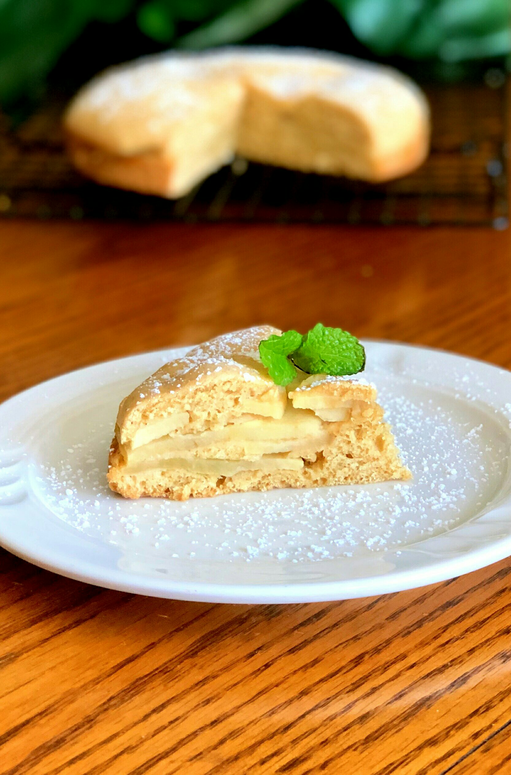 Traditional Irish Apple Cake