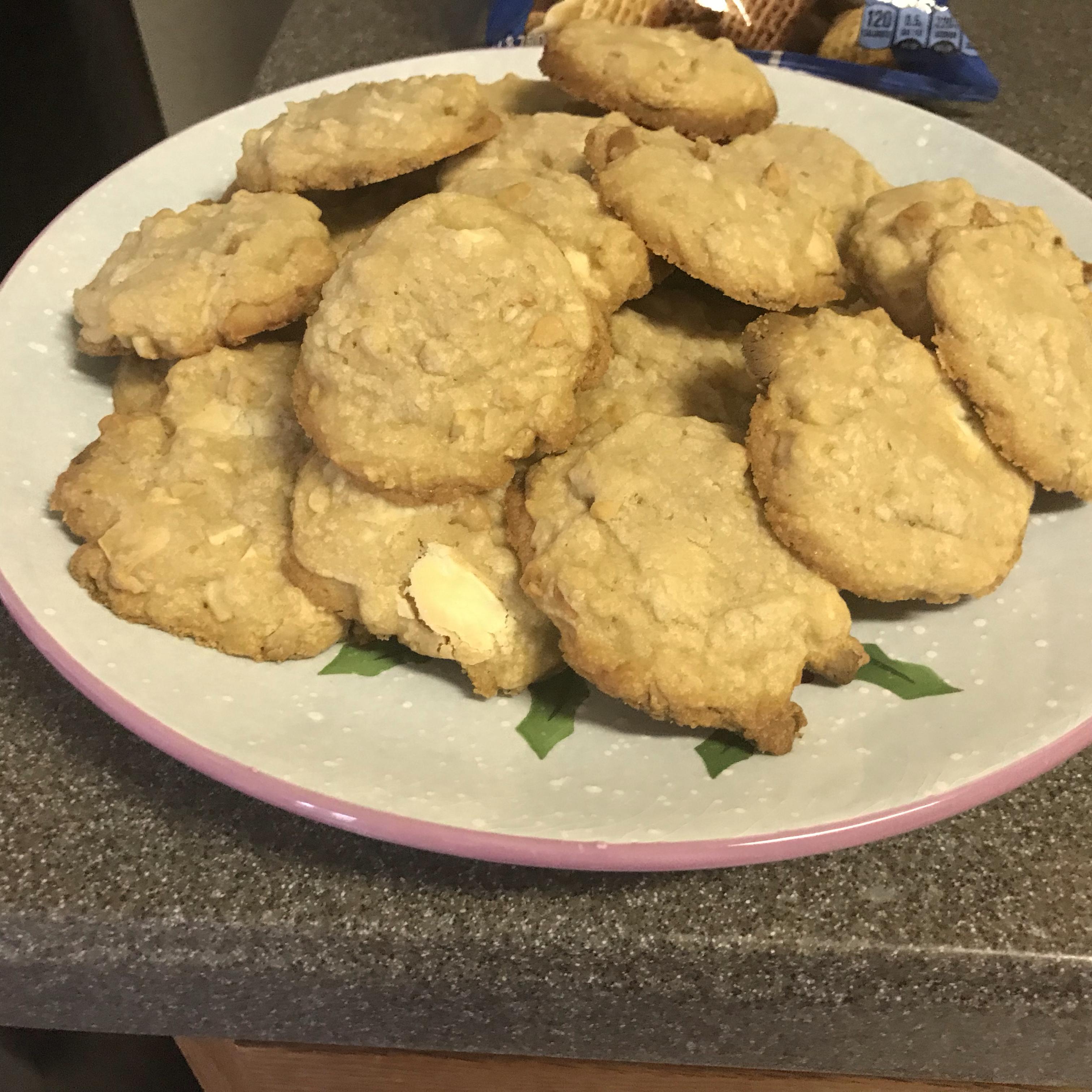 White Chocolate Macadamia Nut Cookies I