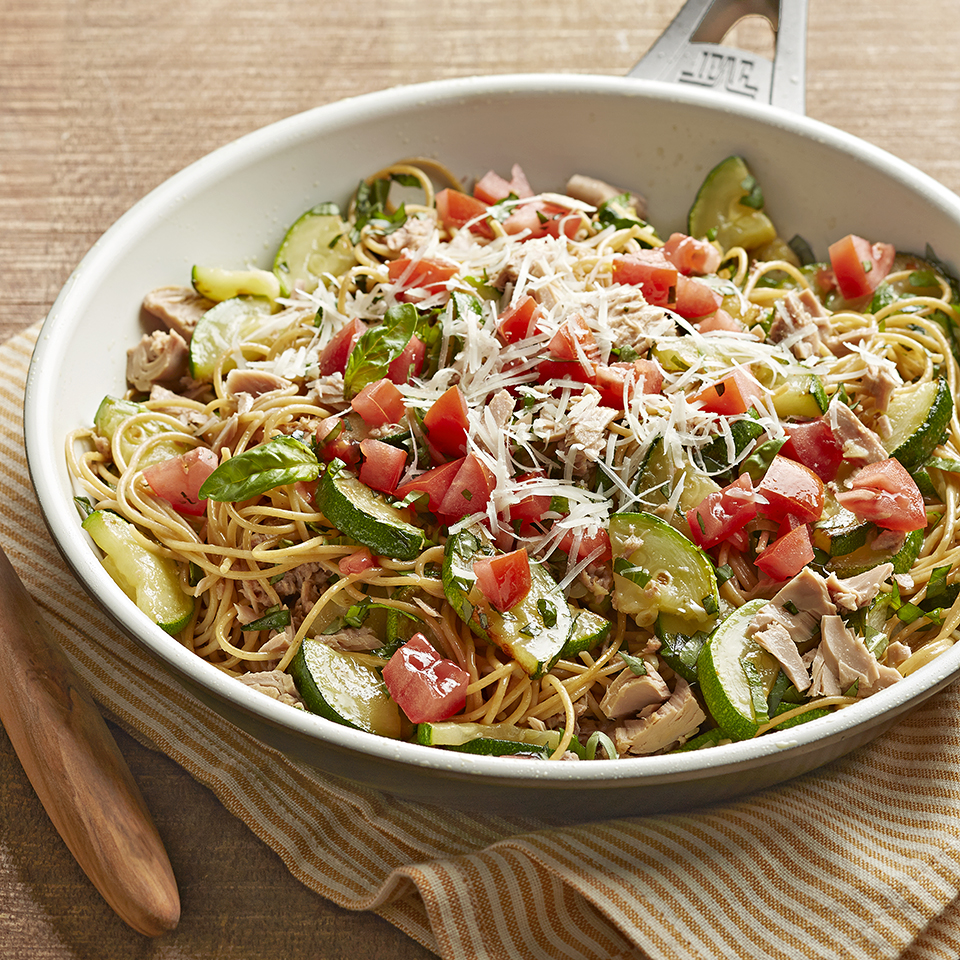 The sauce for this pasta recipe comes together quickly in one skillet while your spaghetti noodles cook on the next burner. Zucchini, fragrant basil, fresh tomato, and canned tuna combine to make a sensational topping for the whole-grain spaghetti in this 30-minute meal. Source: Diabetic Living Magazine