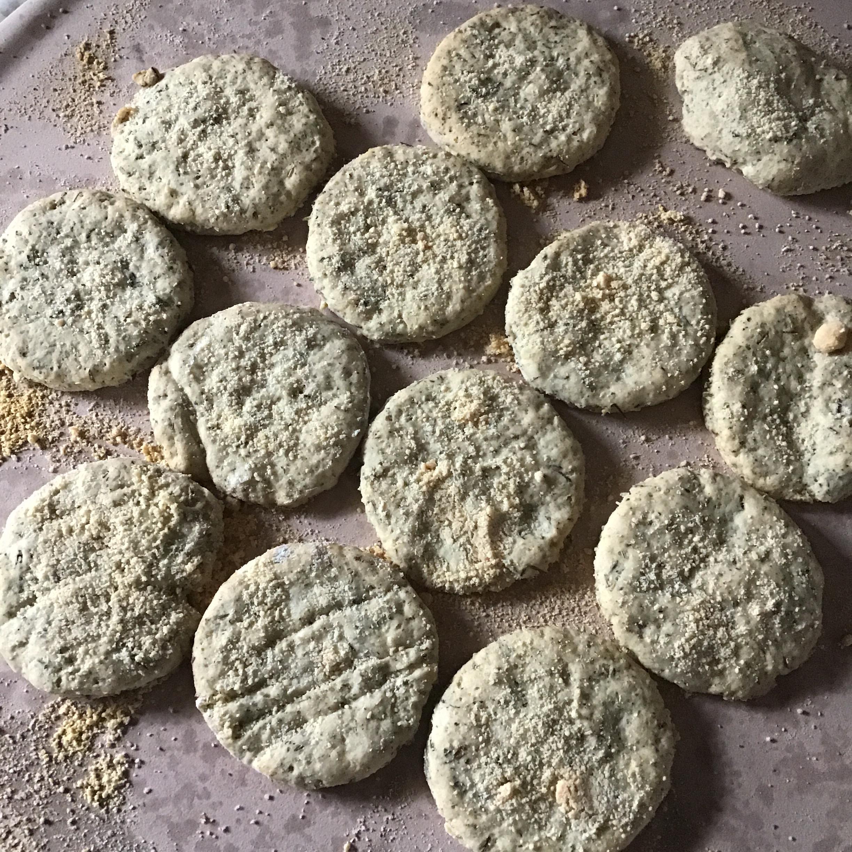 Garlic-Herb Flatbread Daisie