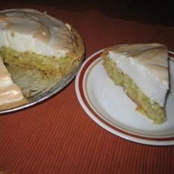 Grandma's Rhubarb Custard Pie