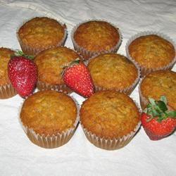 Mimi's Giant Whole-Wheat Banana-Strawberry Muffins Keni
