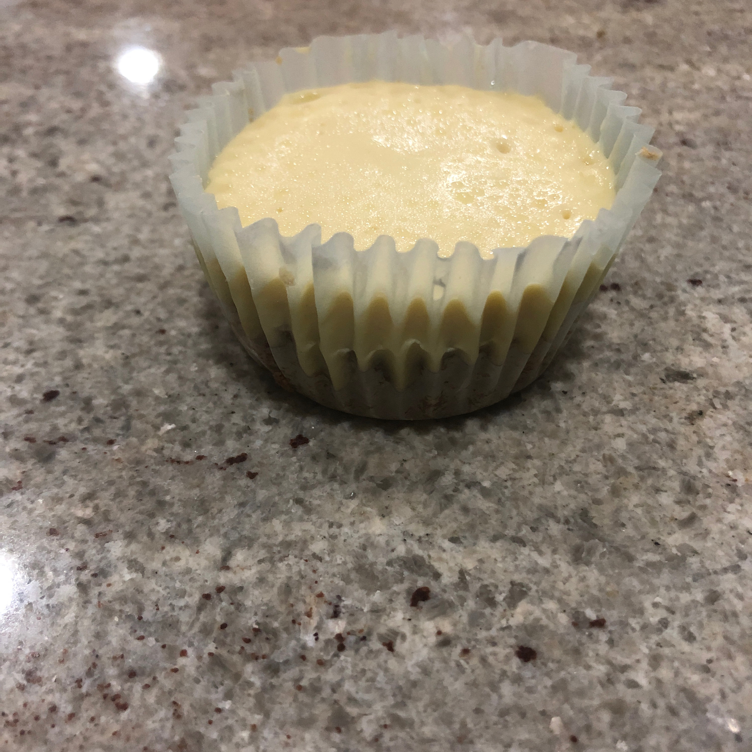 Gluten-Free Cheesecake Cupcakes acheese73
