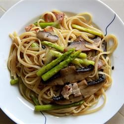 Pasta with Asparagus binnachoi