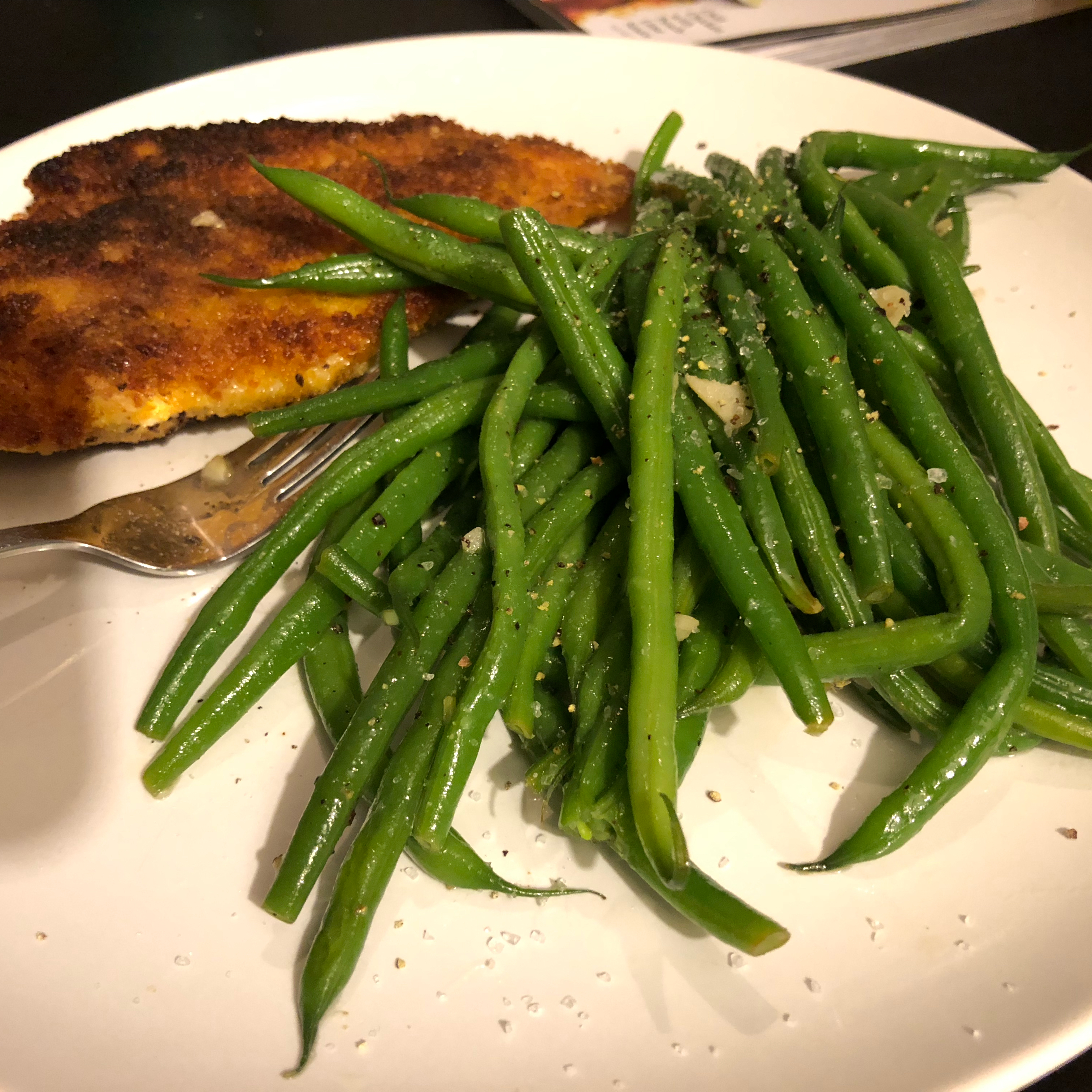 Buttery Garlic Green Beans LookWhatsCooking