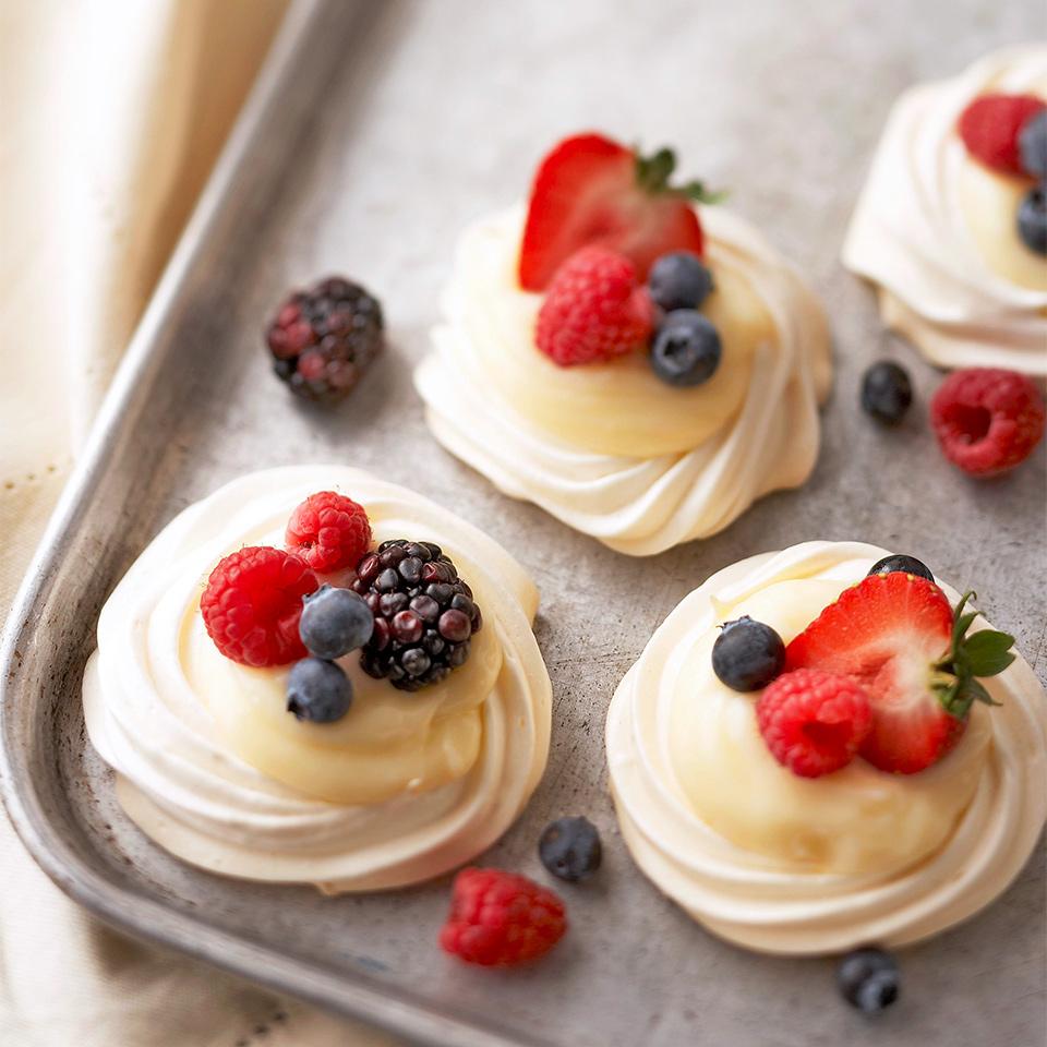 Vanilla Meringue Tarts Trusted Brands