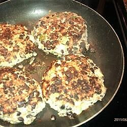 mozzarella stuffed turkey burgers recipe