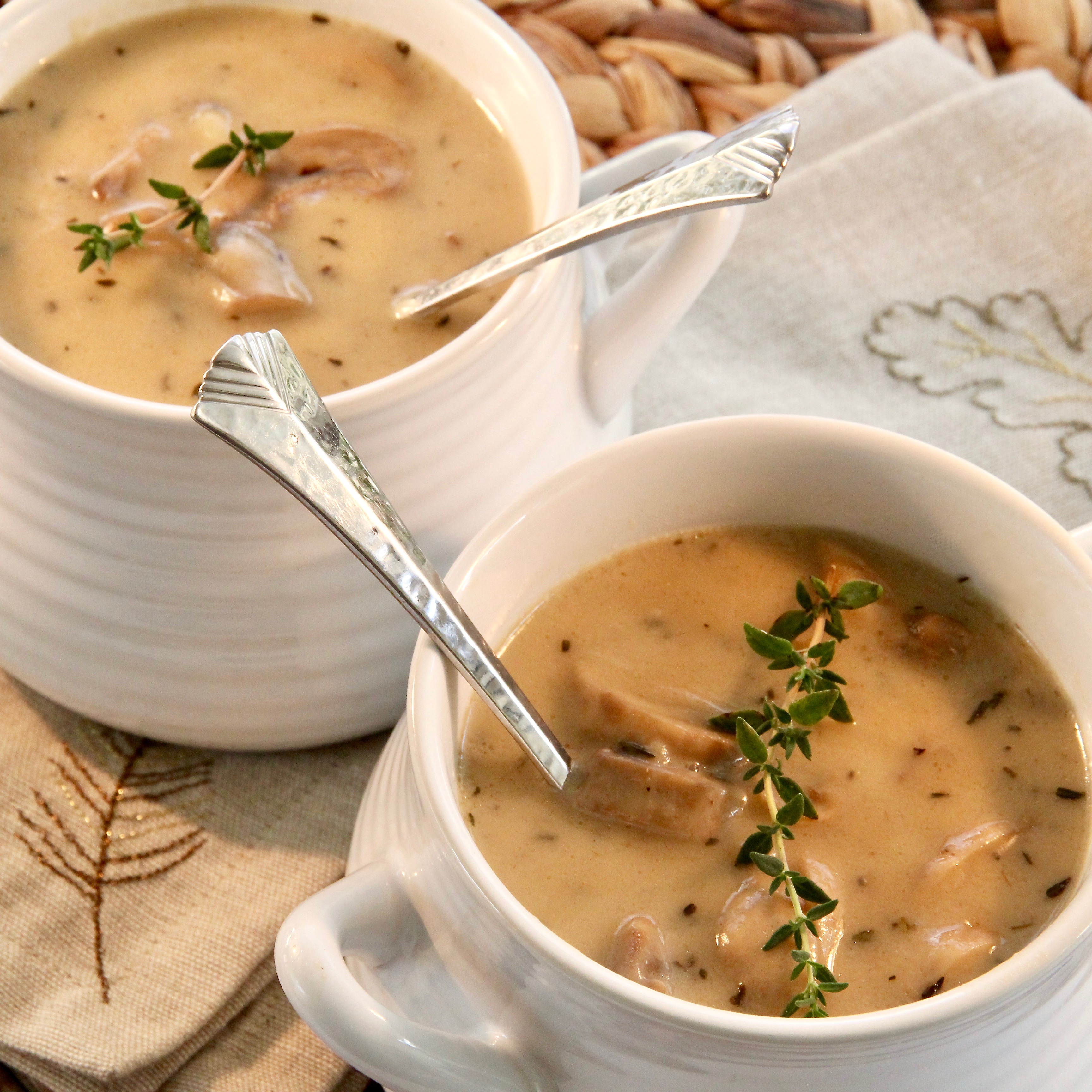 Instant Pot® Creamy Mushroom Soup