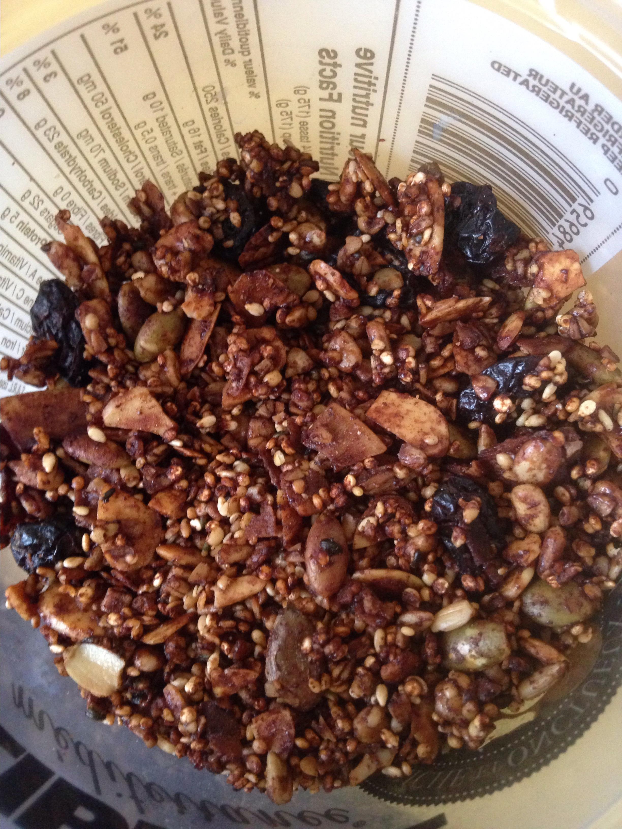 Quinoa and Steel-Cut Oats Crunchy Granola